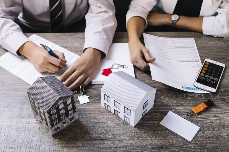 Jak porównać oferty kredytów hipotecznych?