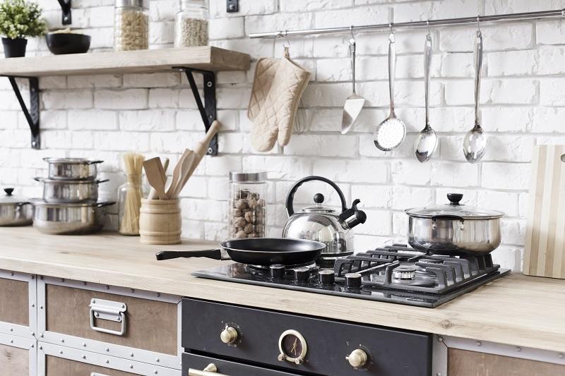 Jak zorganizować swoją kuchnię po przeprowadzce?