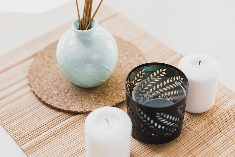 Kominek z woskiem zapachowym Country Candle – jak z niego korzystać?